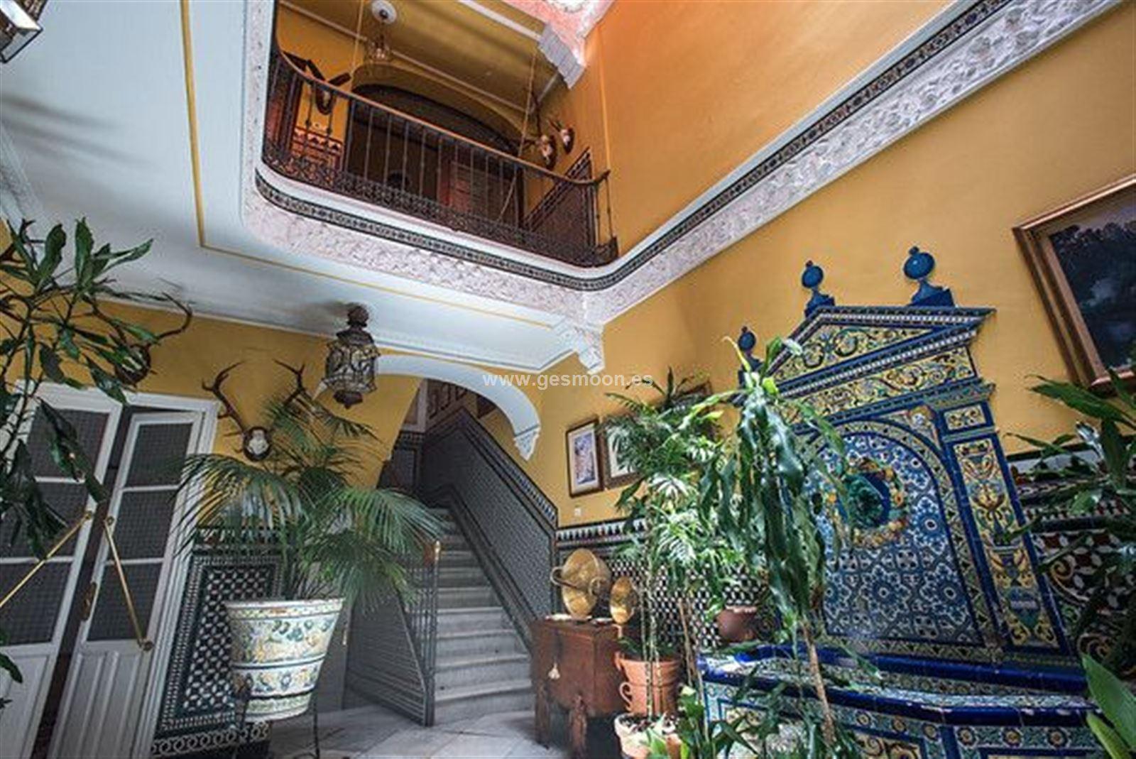 Maginifica Casa En El Centro de Sevilla