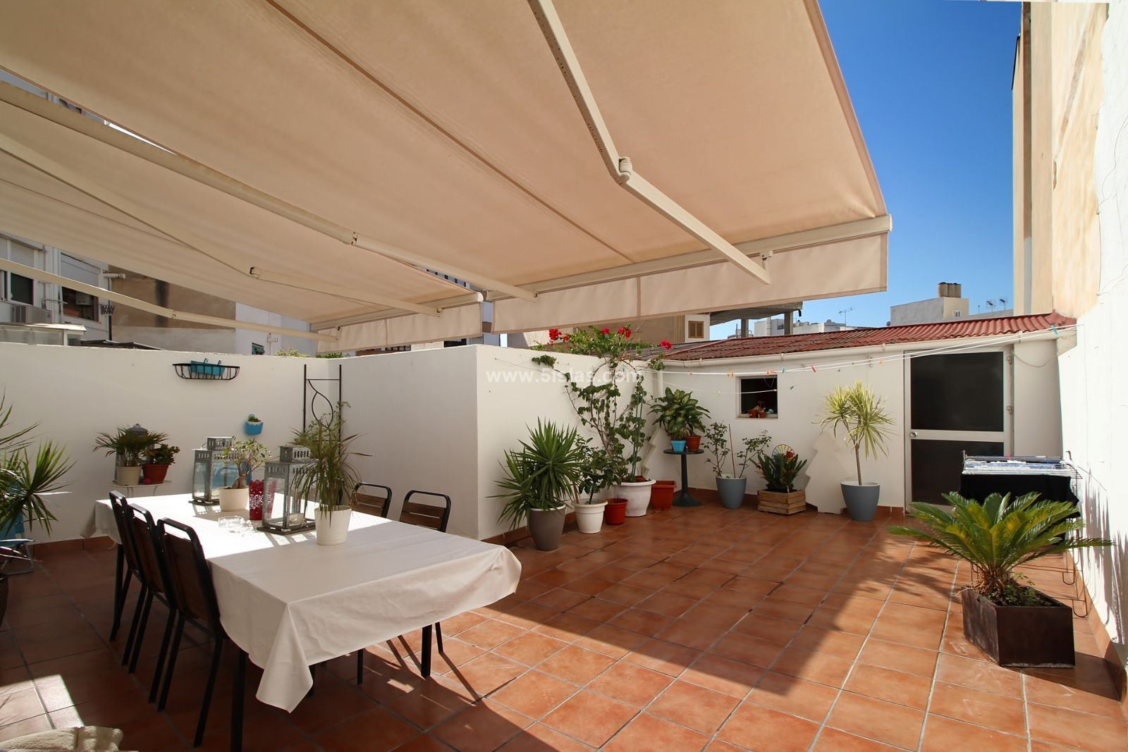 Luminoso apartamento familiar con amplia terraza