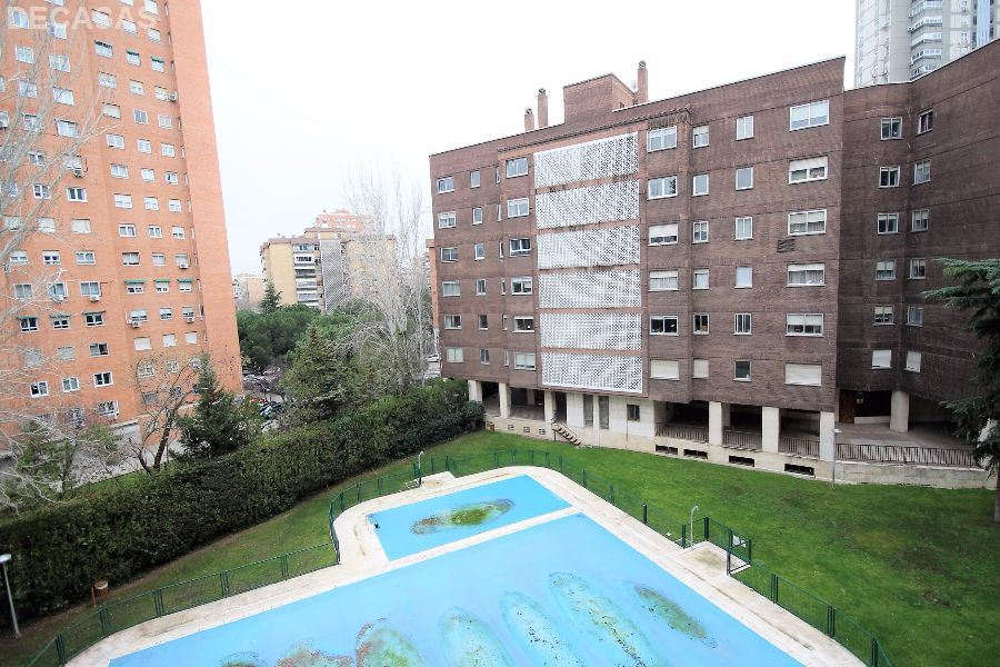 PISO en MADRID,  de 117 m²