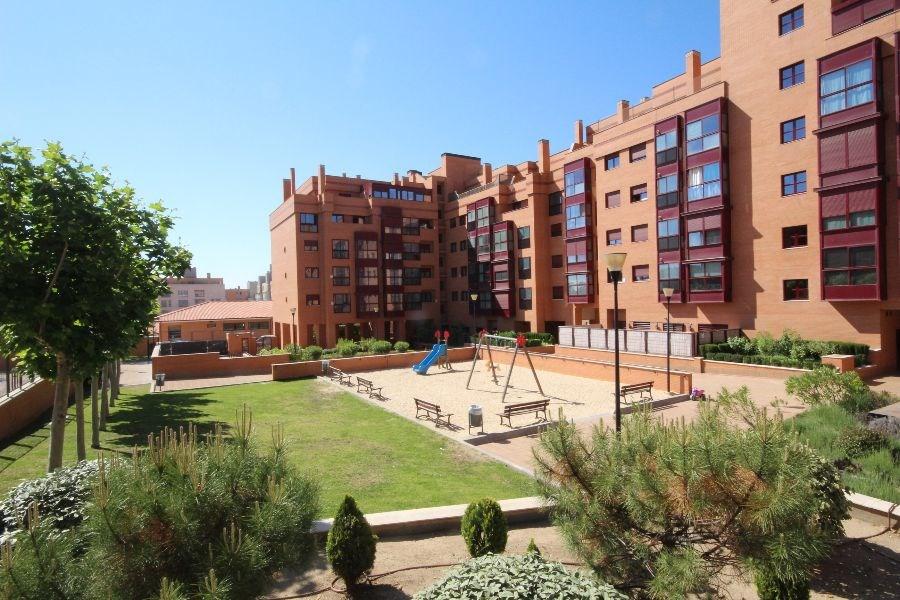 PISO en MADRID, zona LAS TABLAS. Foto