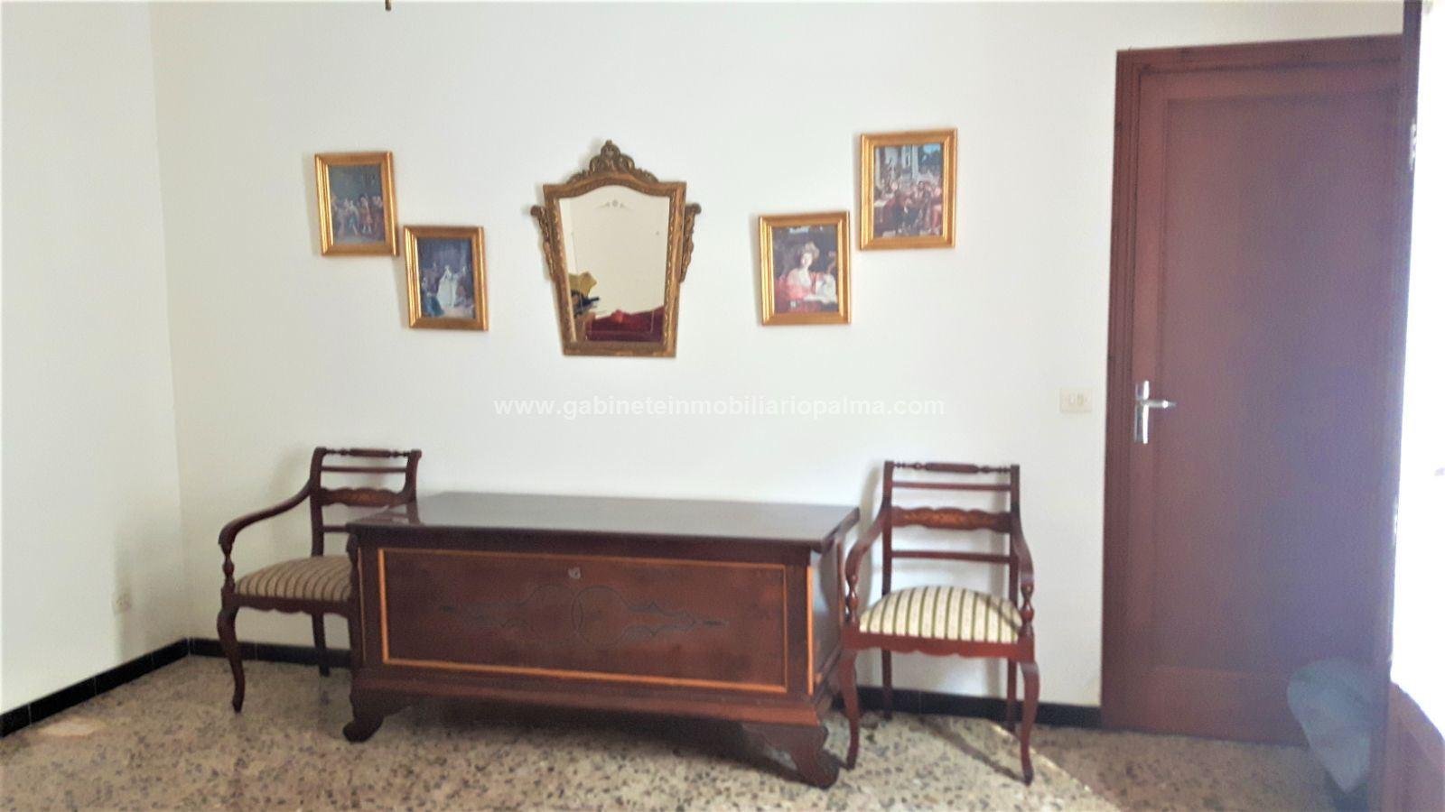CASA DE PUEBLO en CENTRO