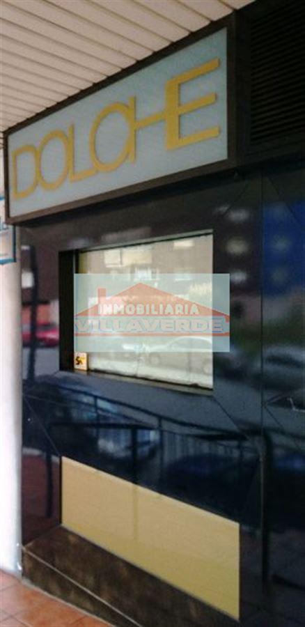 OPORTUNIDAD-CAFETERÍA EN PERFECTO ESTADO. CON TERRAZA
