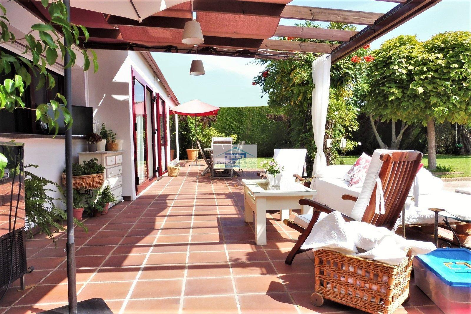 Chalet en Tablero con magníficas calidades y ubicación.