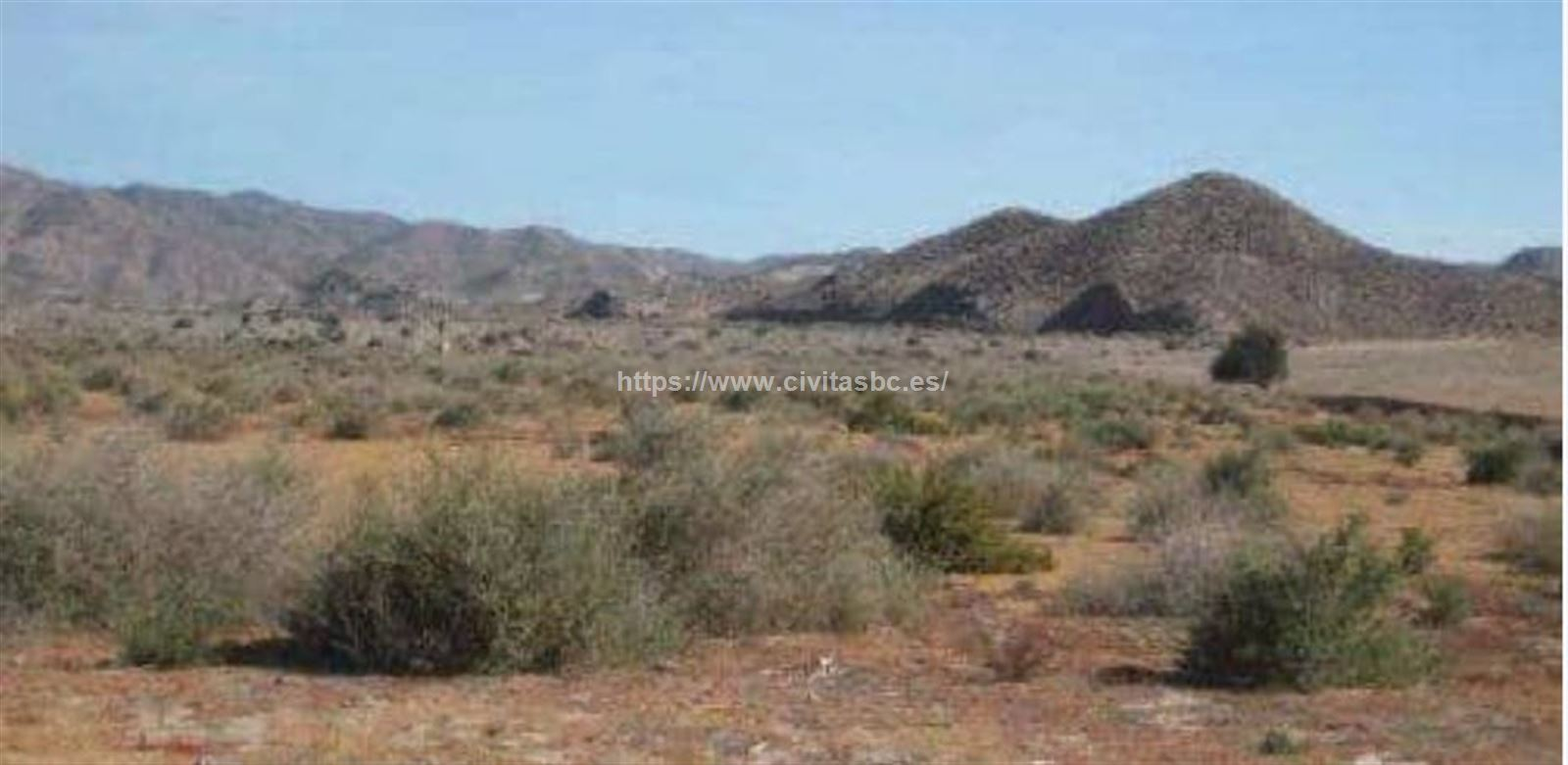 LAND in AGUILAS