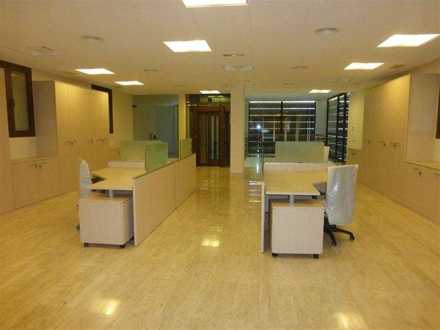 Alquiler oficinas y despachos palma de mallorca for Oficina de consumo palma de mallorca