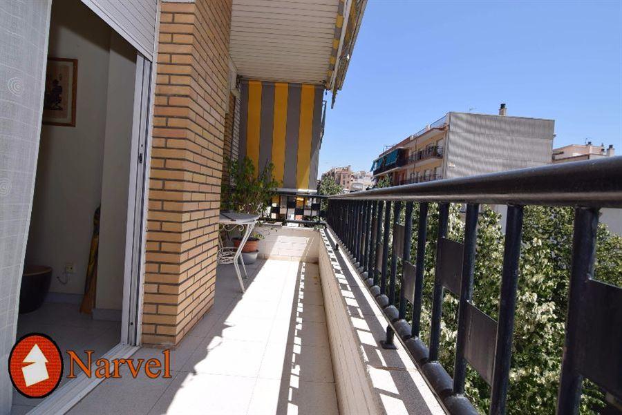 PISO en CERDANYOLA DEL VALLÈS, zona AV. CATALUÑA. Foto
